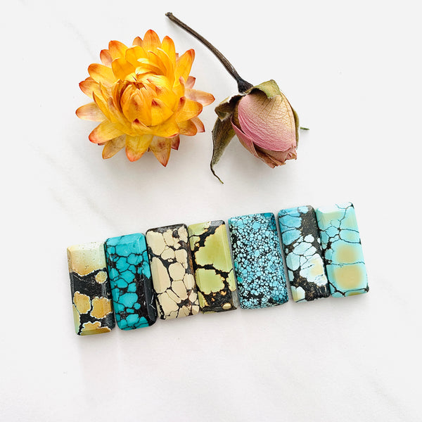 Medium Mixed Bar Mixed Turquoise, Set of 7 Background
