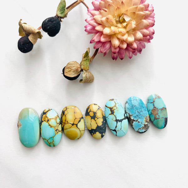 Small Mixed Oval Mixed Turquoise, Set of 7 Background