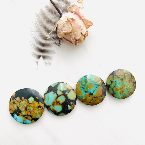 Large Sea Green Round Treasure Mountain Turquoise, Set of 4 Background