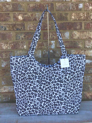Full Gray Cheetah Tote