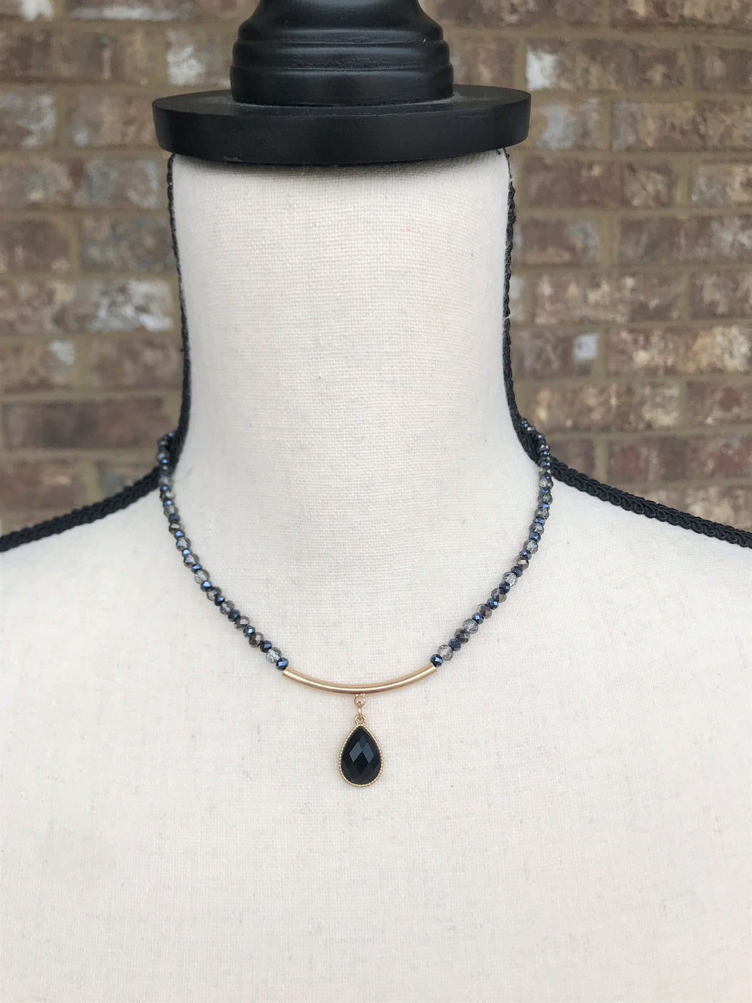 Black Teardrop Choker