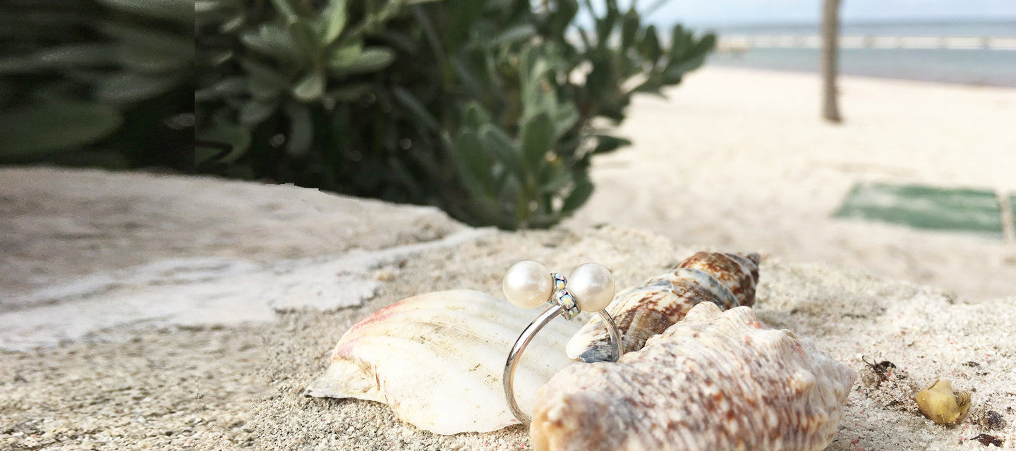Silver pearls and Swarovski crystals ring by the beach