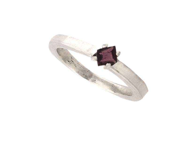 Minimalist Ring in silver with a Square Pink Tourmaline