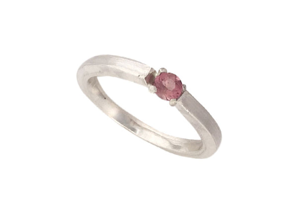 Minimalist Ring in silver with a Pink Tourmaline