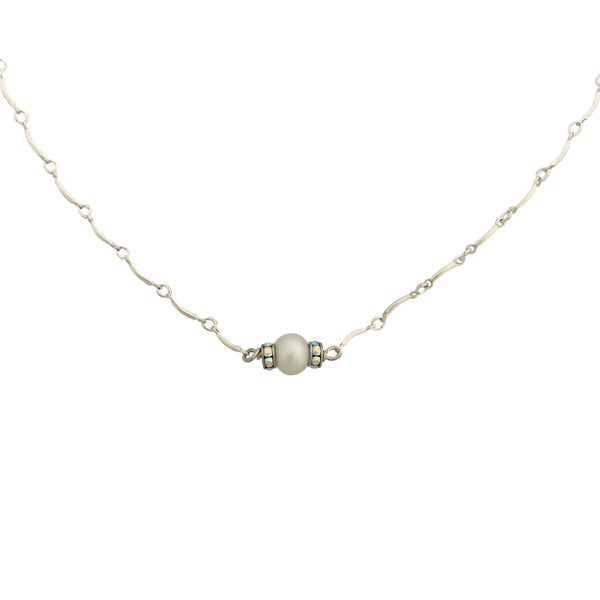 Minimalist necklace with silver chain one pearl and Swarovski