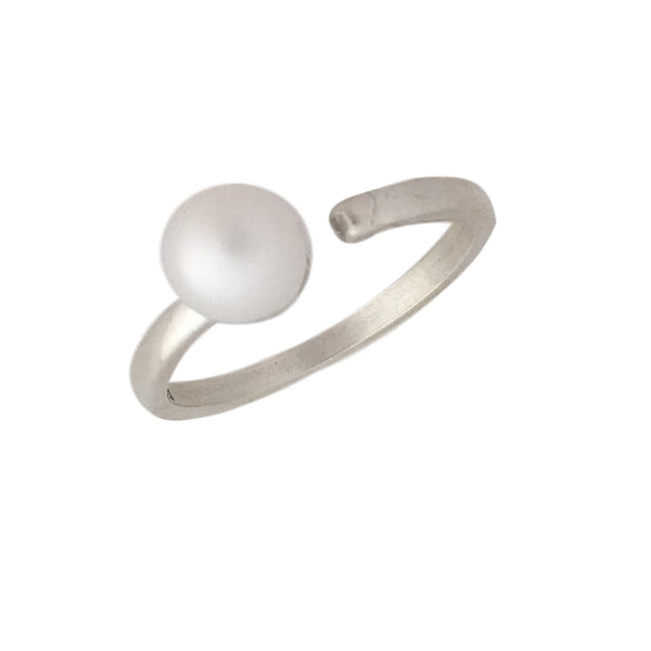 One pearl and silver open ring