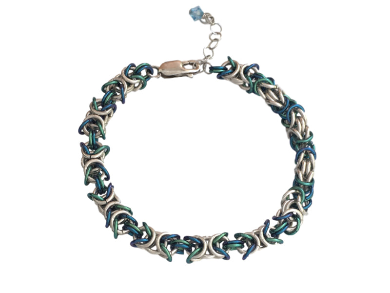 Chain maille bracelet in niobium and sterling silver