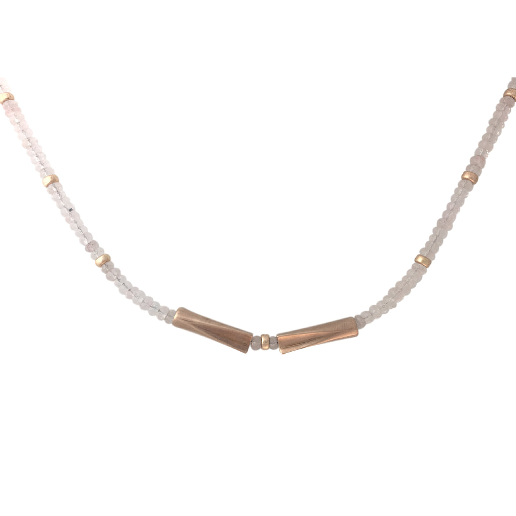 Short necklace in pink quartz and rose gold plated
