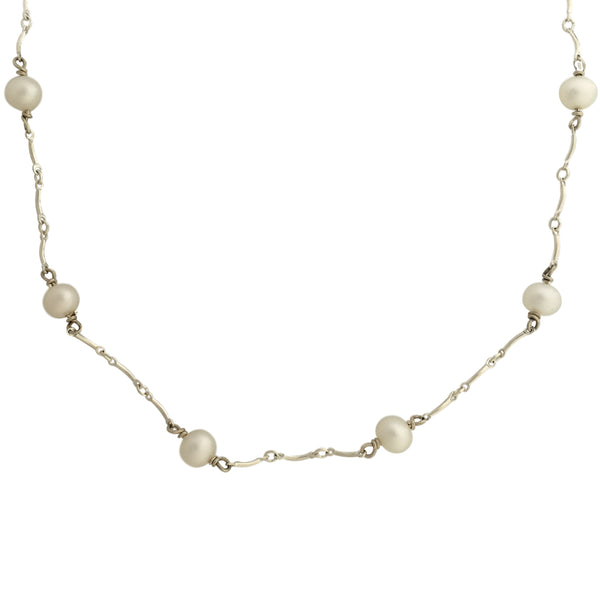 Necklace with silver chain and freshwater pearls and Swarovski