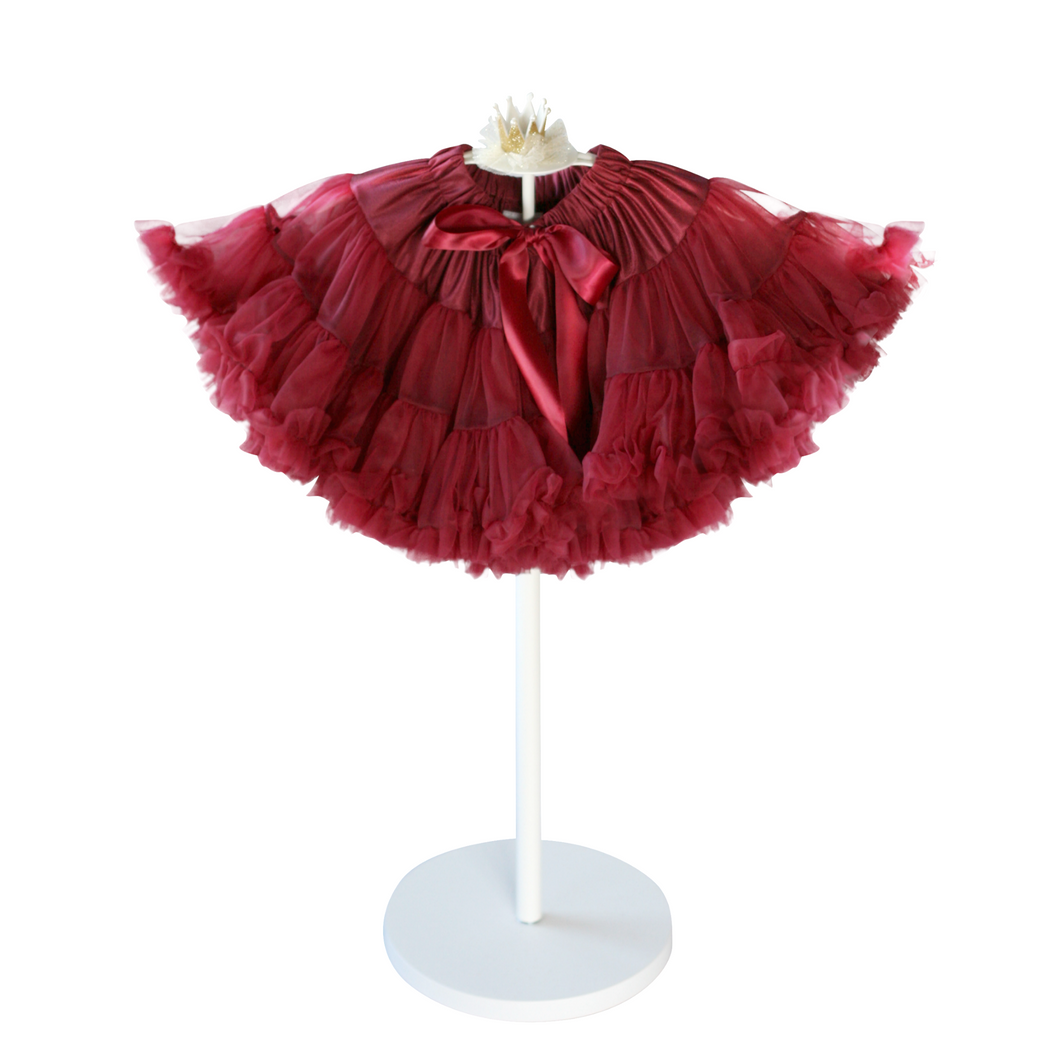 We love bridal parties! And you can customize our tutus to match your colour theme. We can even buff them up to make them extra dramatic! Let us know how we can help!