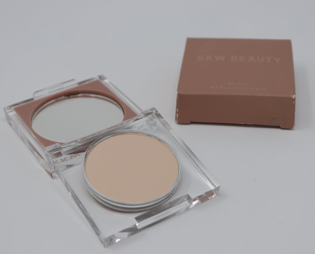 1 Brighten, KKW Beauty Brightening Powder