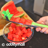 Rotating Watermelon slicer tool - Makes cubed watermelon slices