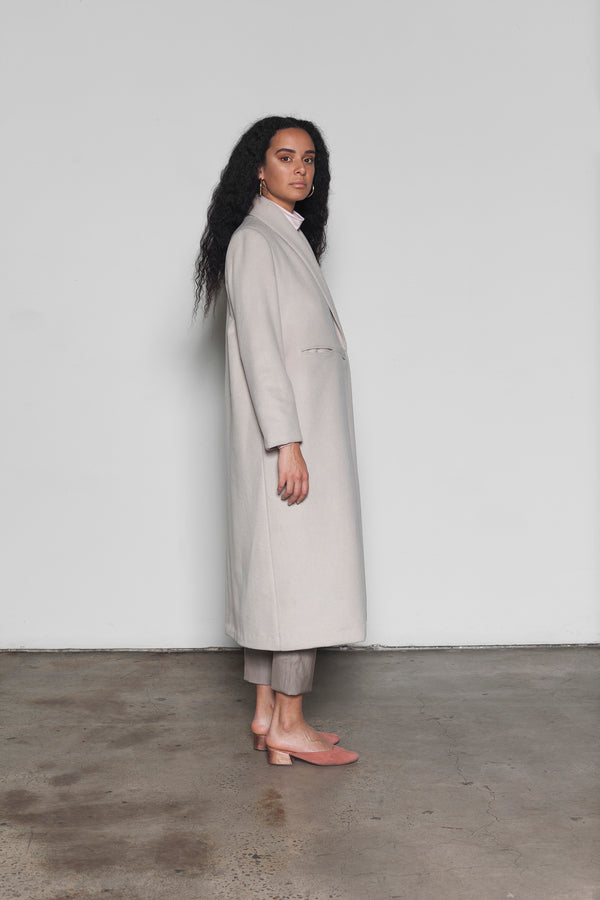 Olearia longline wool coat with cashmere finish
