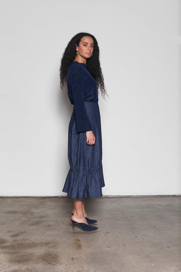 Olearia gathered cotton denim midi skirt