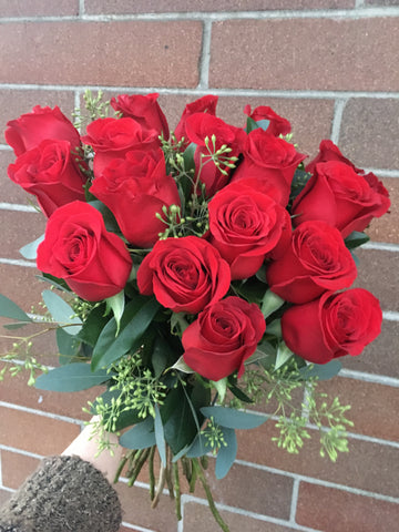 18 Red Roses Cut Bouquet