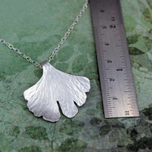 Leaf pendant with ruler