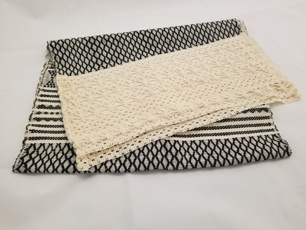 Lum Table Runner