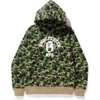 A BATHING APE x UNDEFEATED College Pullover Hoodie Green
