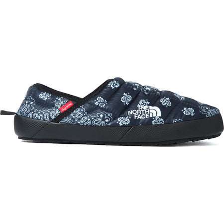 228760bfff ... Supreme The North Face Bandana Thermoball Traction Mule Size 9 Navy ...