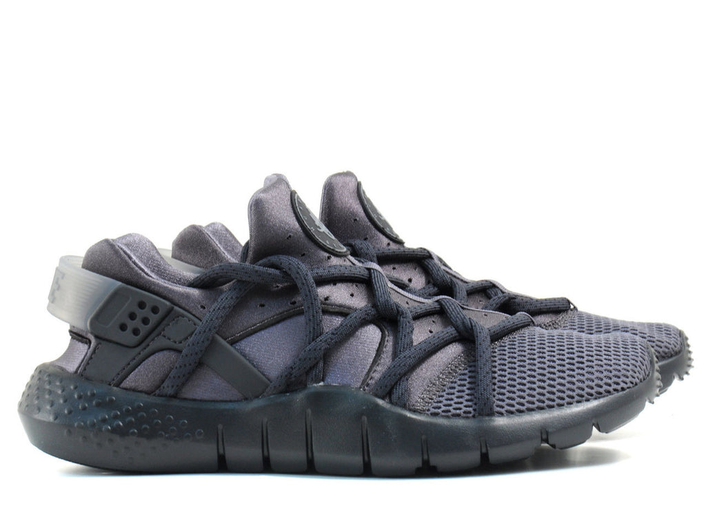 Nike Huarache NM Dark Grey  Anthracite-Black Size 9 – CURATEDSUPPLY.COM c2877815a