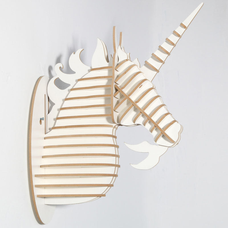 Wood Unicorn Fairy Tale Animal Head White Unicorn In Myth Bible Wood Furniture for Home Decoration Wall Hanging Sculpture
