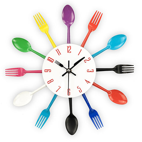 2017 New Modern Kitchen Wall Clock Sliver Cutlery Clocks Spoon Fork Creative Wall Stickers Mechanism Design Home Decor Horloge