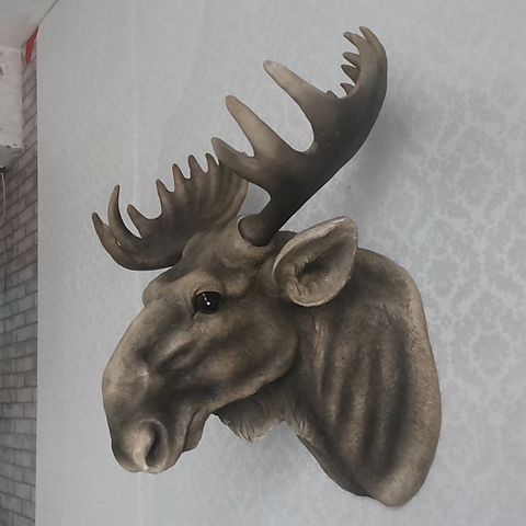 Statue of an animal head moose wall hanging Nordic home wall decoration restaurant bar hotel living room personality sculpture