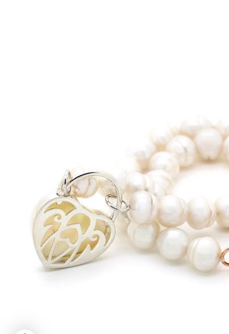 Pearl Necklace with Silver Mother of Pearl Padlock