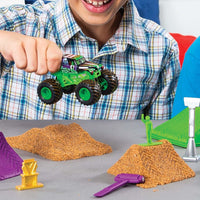 Monster Jam Kinetic Dirt Deluxe Set - Grave Digger
