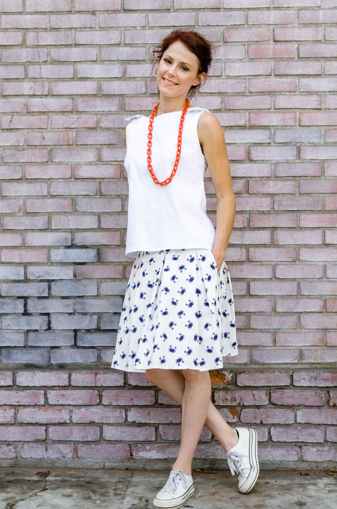 Women's Summer Box Pleated Skirt to Love with Pockets in Navy Crab