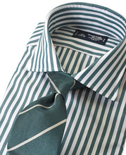 Load image into Gallery viewer, Green stripe cotton shirt with tie