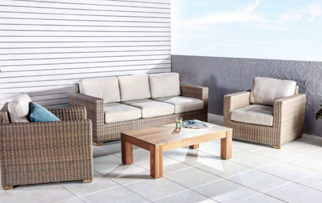 4 Piece Wicker Outdoor Lounge
