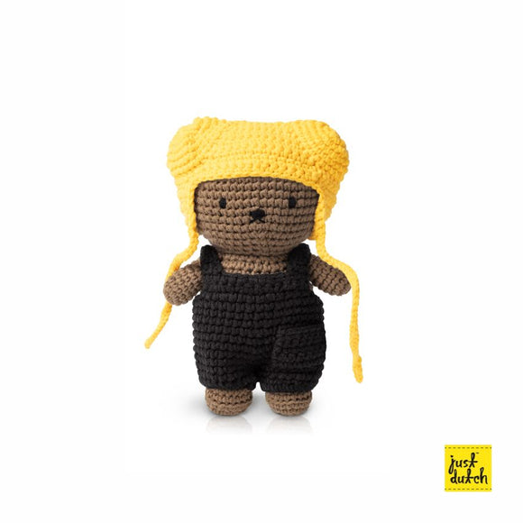 Boris and black overall+yellow hat
