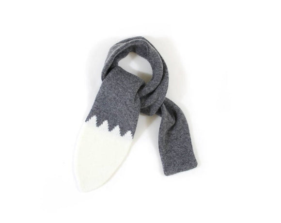 Foxie tail scarf (grey)