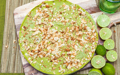 The Green Surprise Pie... Avo Lime Pie!