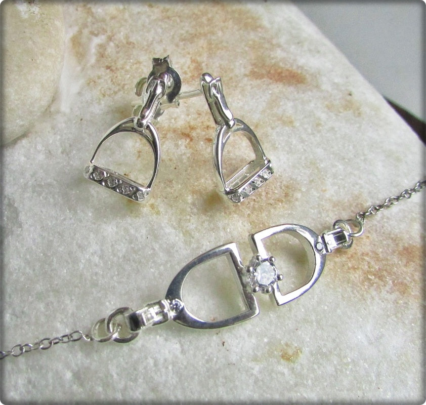 Equestrian Jewellery. Double Stirrup Necklace