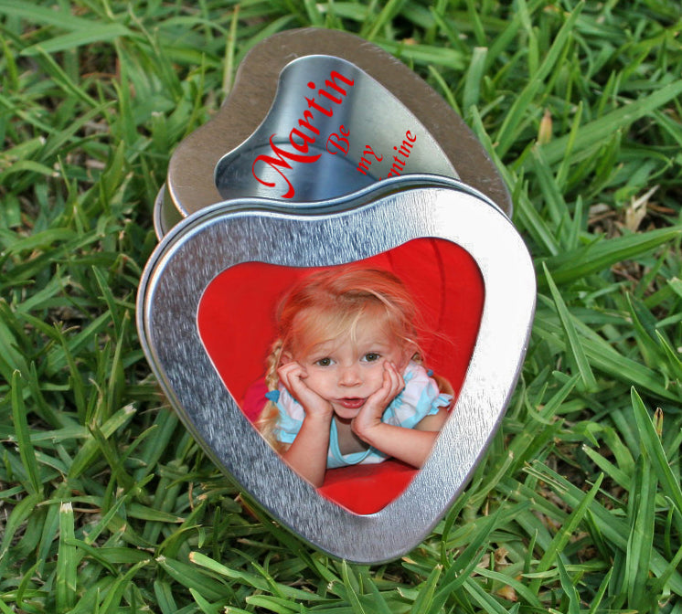 Valentine heart tin