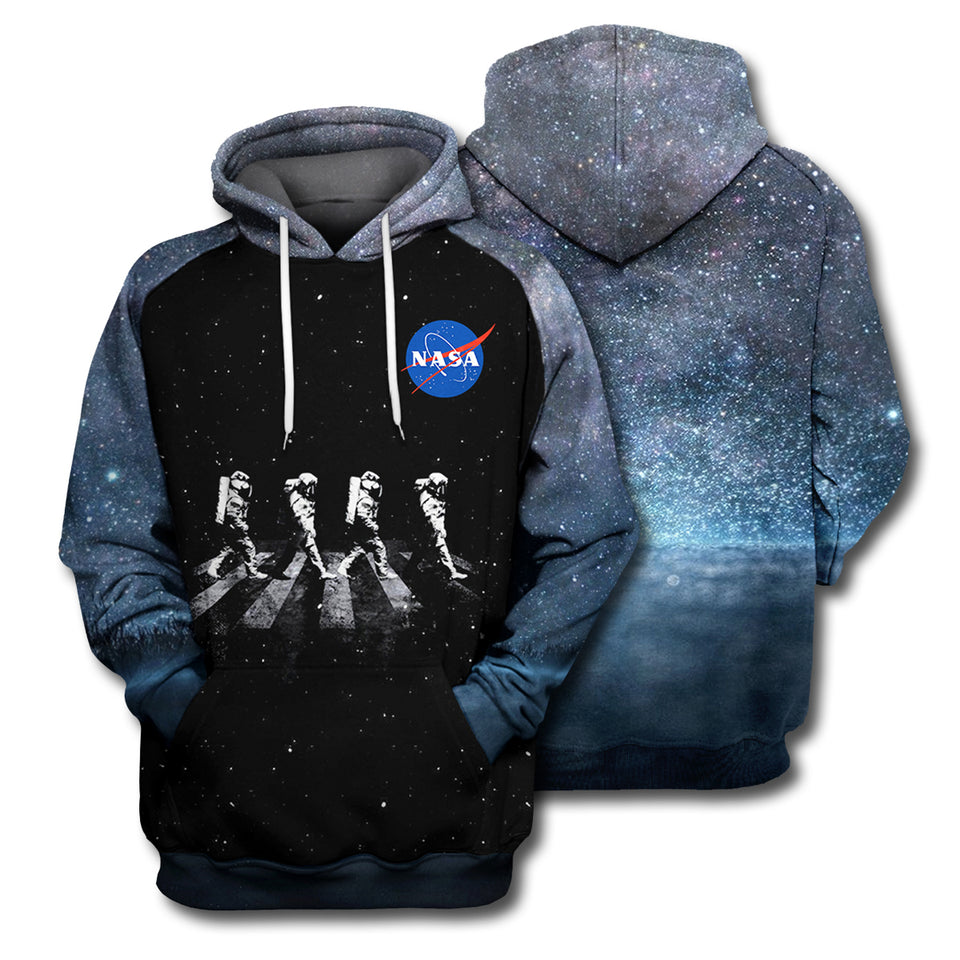 3D Print Walking Astronauts In Space Shirt