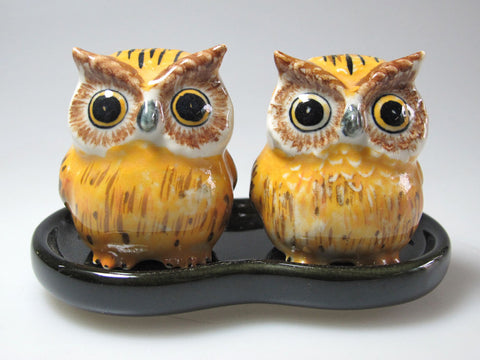 Craft Miniature Collectible Porcelain Fat Yellow Owl Salt and Pepper