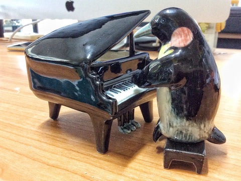 Handmade Miniatures Collectible  Ceramic  Penguin Play Piano FIGURINE Animals