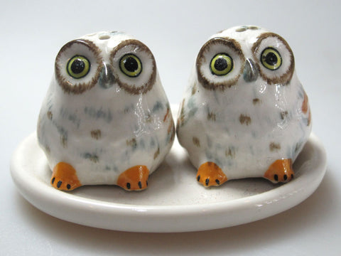 Craft Miniature Collectible Porcelain Fat White Owl Salt and Pepper