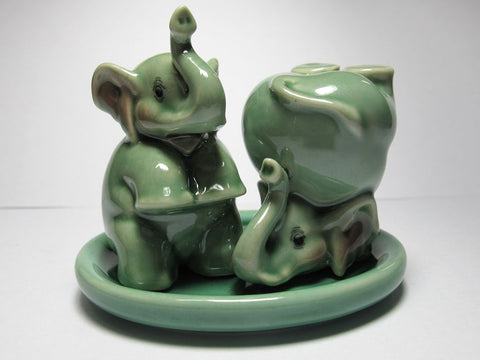 Craft Miniature Collectible Porcelain Green Elephant Salt and Pepper S&P
