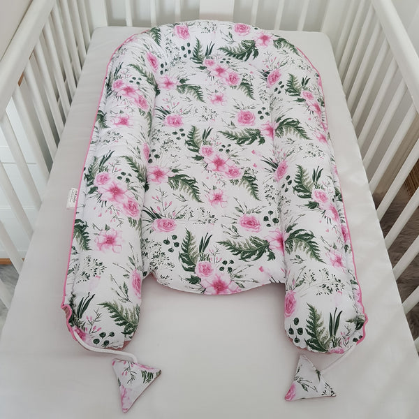 BABY SLEEPING POD  5 PIECE SET  DELUXE - GARDEN PINK ROSES BEST NEST
