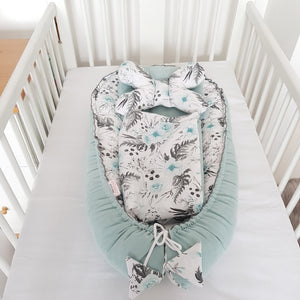 BABY SLEEPING POD  5 Pc SET  DELUXE - GARDEN MINT ROSES
