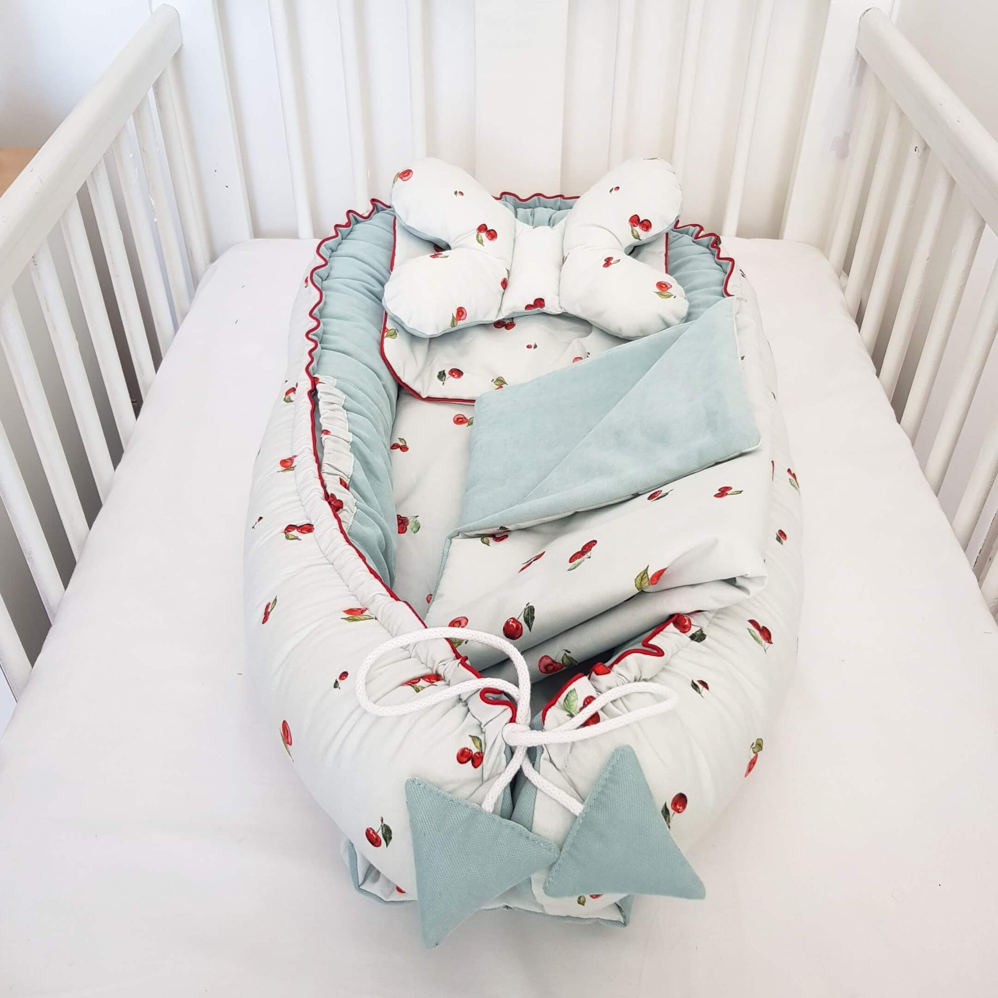 BABY SLEEP POD DELUXE 5 PIECE SET IVORY CHERRY COLLECTION