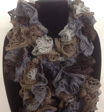 Load image into Gallery viewer, Crocheted Ruffle Edged Scarf with metallic Thread