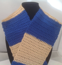 Load image into Gallery viewer, Royal Blue and Biege Crocheted Scarf