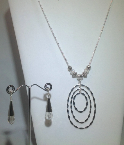 Three Silver Ring pendant and Chain with Glass Crystal and Silver Beads