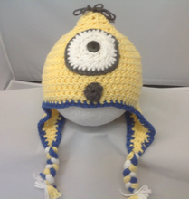 Load image into Gallery viewer, Minion Hat (6-9 Months Old)