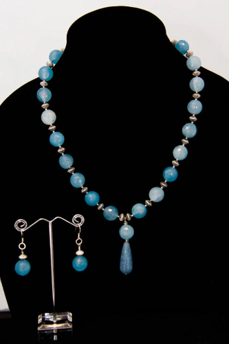 Sky Blue Agate Necklace with Pendant